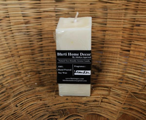 4*2 inch Eco- friendly Soy wax pillar with lavendre scent