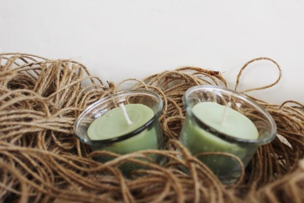 Set of 2 eco-friendly small green aroma candle votives