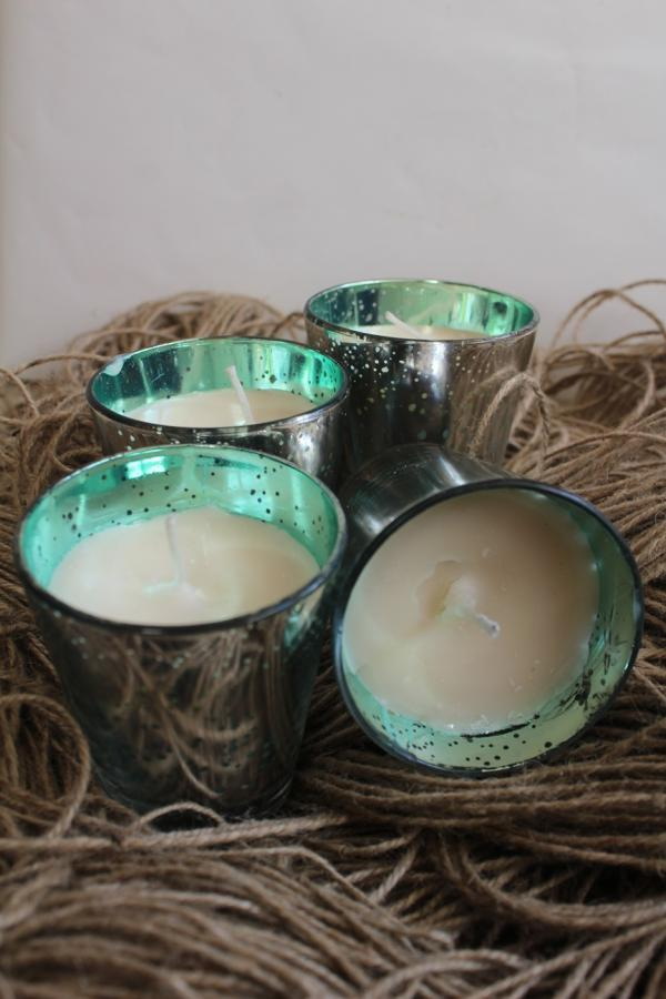 Set of 4 green silver sparkling aroma candle votives