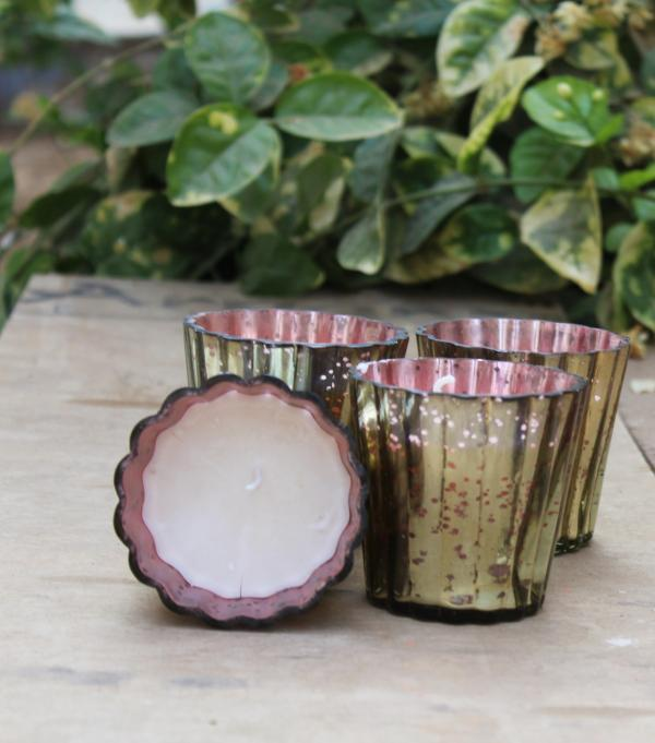 Set of 4 Sparkling red glass votive aroma candle