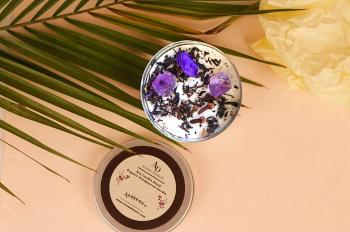 Amethyst crystal Pebbled, Tea Leaves, Cloves and Dried Potpourri Gemstone Vegan Soy Tin Candle