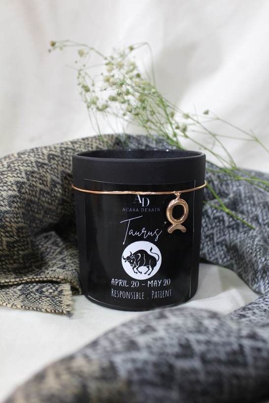 Taurus Zodiac Gold or Rose Gold plated Ambitious charm  Aroma Soy Black Matte Candle